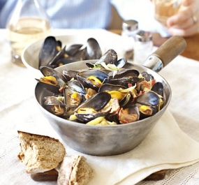 River Teign Steamed Mussels with Saffron, cider, and clotted cream